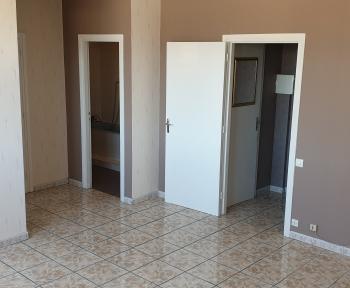 Location Appartement 2 pièces Roubaix (59100) - ROUBAIX MAIRIE