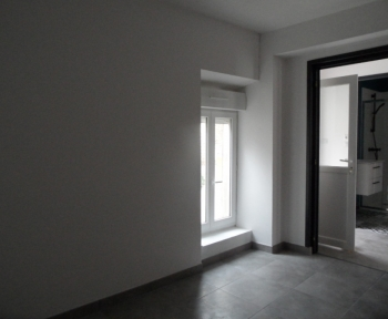 Location Maison 2 pièces Contres (41700) - RENOVEE