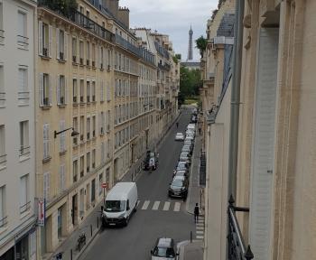 Location Appartement 3 pièces Paris 16ème arrondissement (75016) - PARIS 16EME VUE TOUR EIFFEL